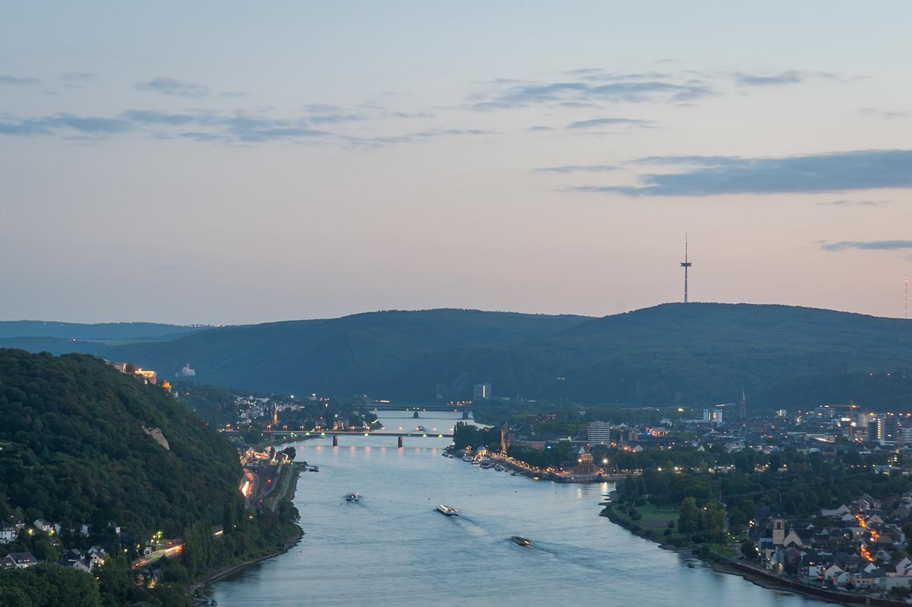 Blick vom Kaiser-Friedrich-Turm auf Koblenz.