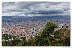 Blick vom Montserrat auf Bogotá