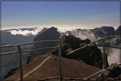 Blick vom Pico do Arieiro (1.818 m)