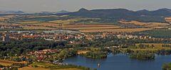 Blick vom Radobyl bis zum Oblik , zu den Lauener Bergen...