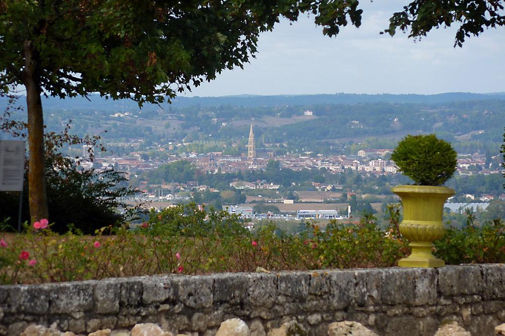 Blick vom Schloss Monbazillac auf den Ort