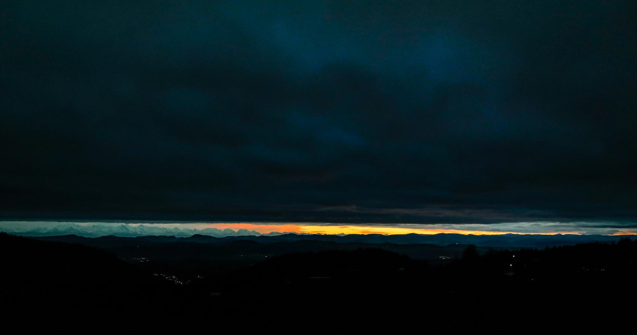Blick vom Schwarzwald auf die Alpen