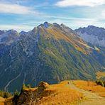 Blick von der Bergstation Walmendingerhornbahn (1.960 m) in Österreich 5