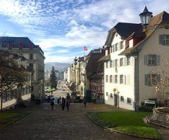Blick von der Hofkirche ...