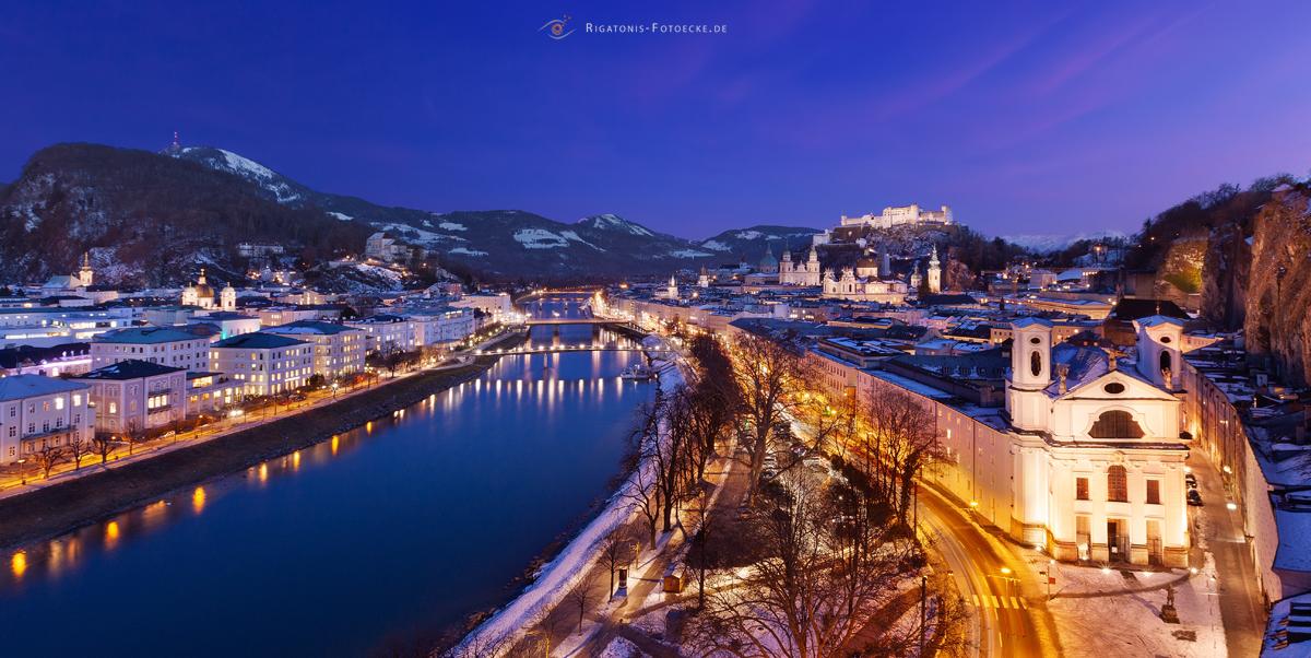 ...Blick von der Humboldt Terrasse auf Salzburg mit der Hohensalzburg und seiner Salzach...