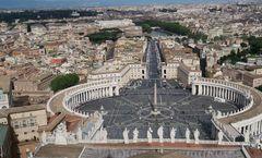 Blick von der Kuppel der Peterskirche - Rom  - mai 2015
