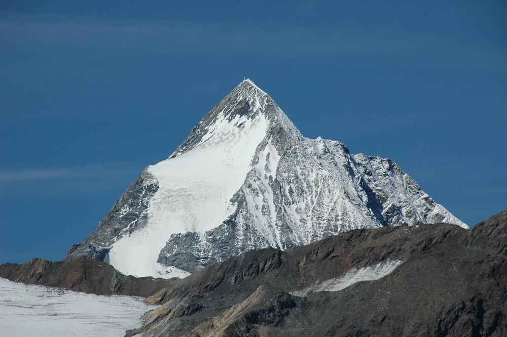 Blick von der Martellerhütte auf die Königspitze