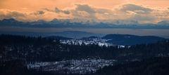 Blick von Finsterau bis zu den Alpen