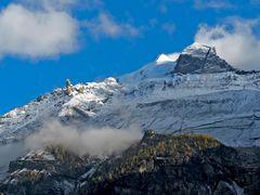 """Blick von Kandersteg auf die Doldenhornhütte und die umliegenden Berge. - """"Mes"""" montagnes!"""