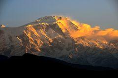 Blick von Sarangkot auf den Lamjung Himal (6932m)