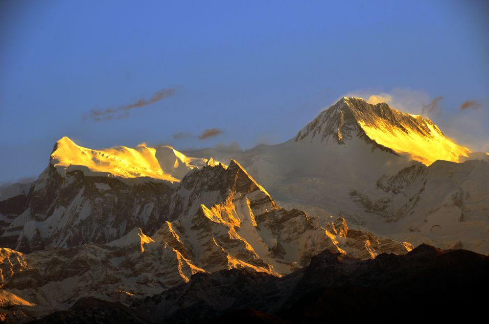Blick von Sarangkot auf von links Annapurna IV (7525m) und Annapurna II (7939m)