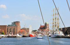 Blick von See auf das Wismarer Hafenfest 2018