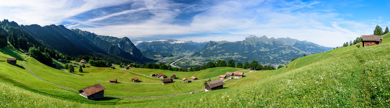 Blick von Triesenberg/Gnalp (FL) ins Rheintal