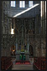 ...Blick zum Altar...