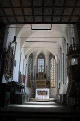 Blick zum Altar der Stadtkirche Weissensee