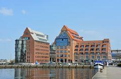 Blick zum Ostteil des Rostocker Stadthafens