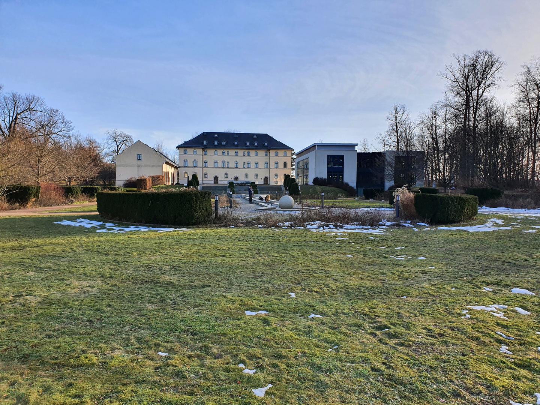 Blick zum Schlosspalais