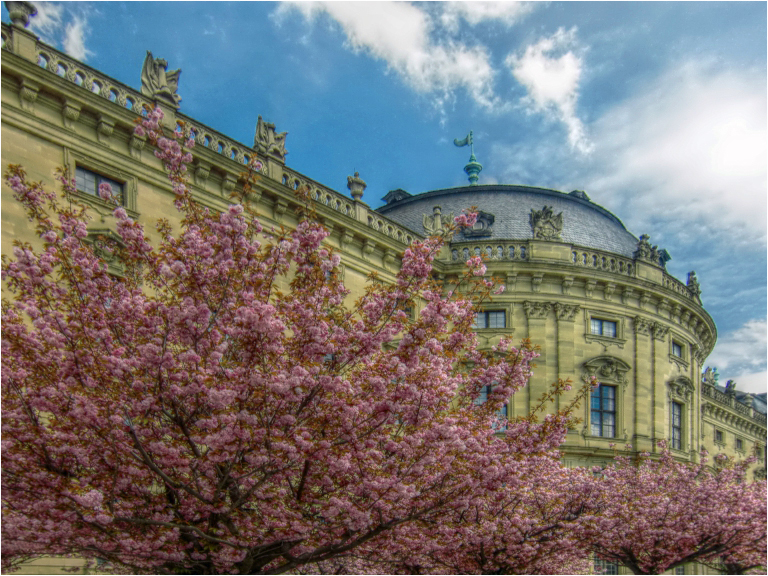 Blicke aus dem Hofgarten der Residenz (3)