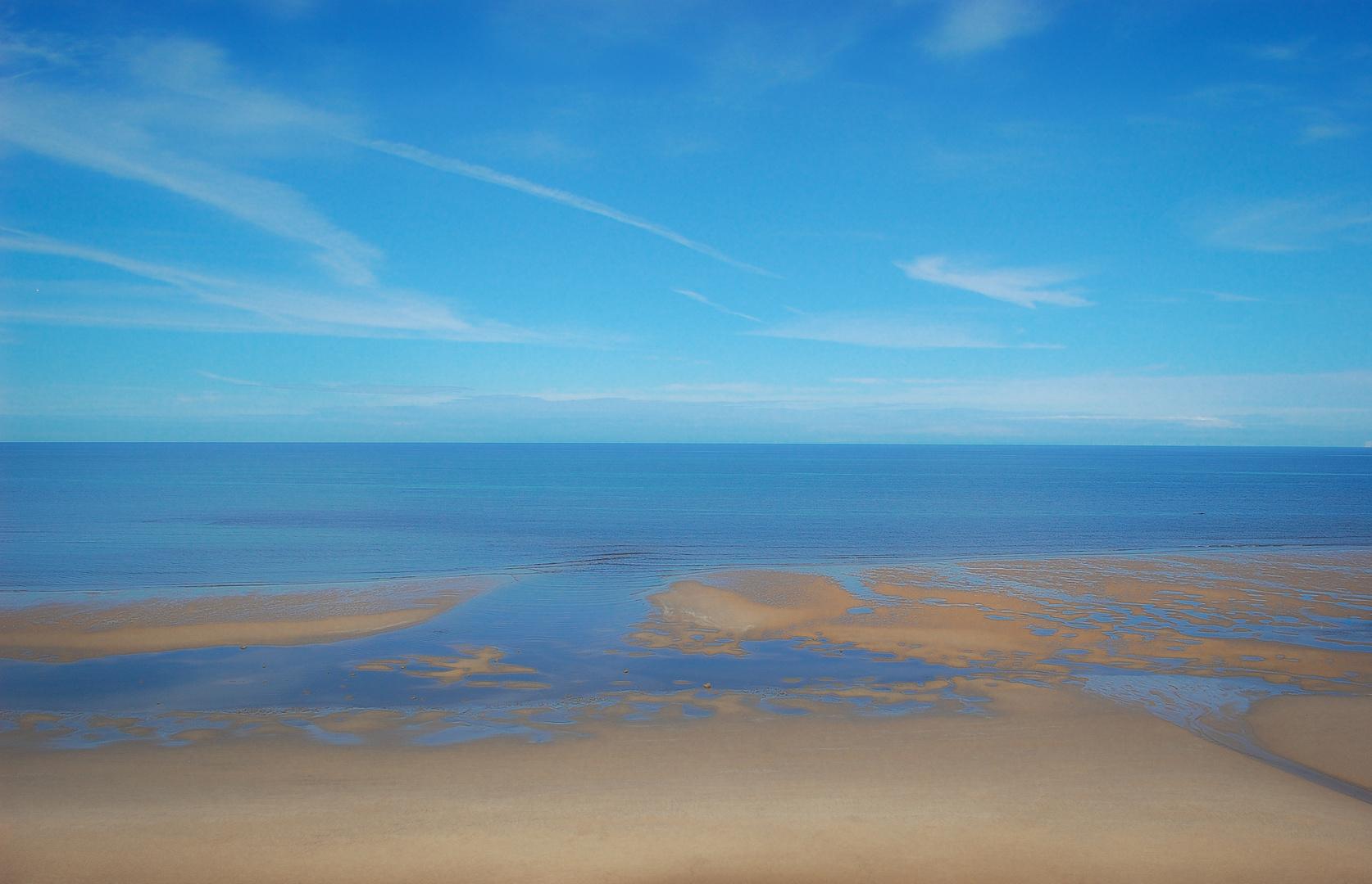 Blicke schweiften über das ruhige Meer..
