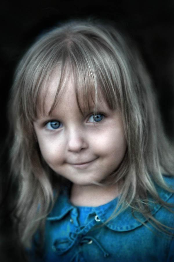 Blu Laura