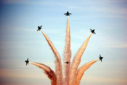 """Blue Angels Flight Demonstration Team """"Bomb Burst"""""""