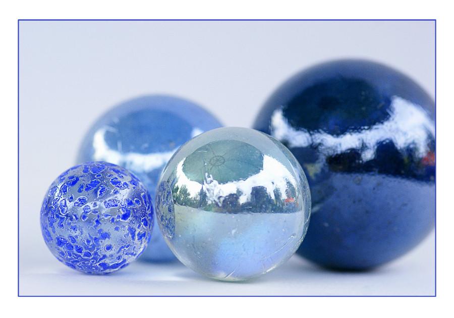 *blue-ball*