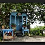blue housing under the name ''Kersepit'' (cherrystone)