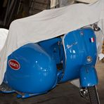 Blue Monday 22.02.2021  Vespa +Beiwagen in Bugatti Blau