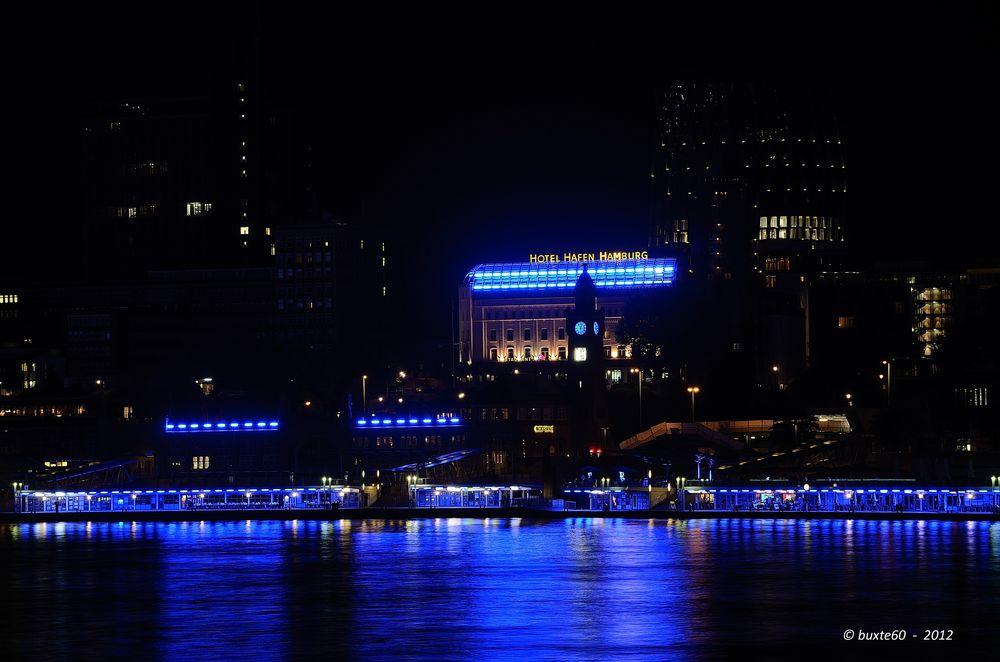 Blue Port 2012 - Landungsbrücken