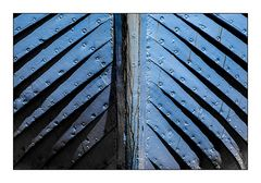 [ Blue ship ]