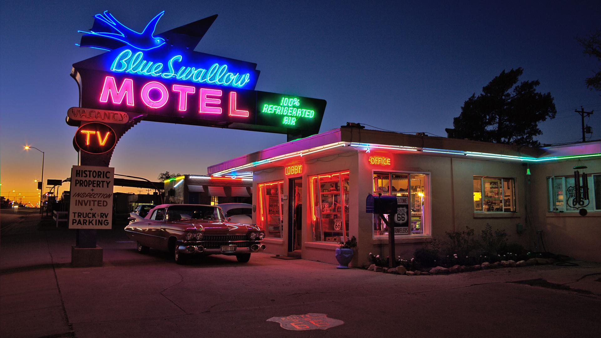 Classic Motel Blue Swallow Motel Route 66 By Night Foto Amp Bild