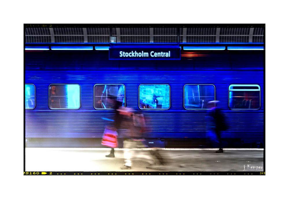 Blue train at Stockholm Central