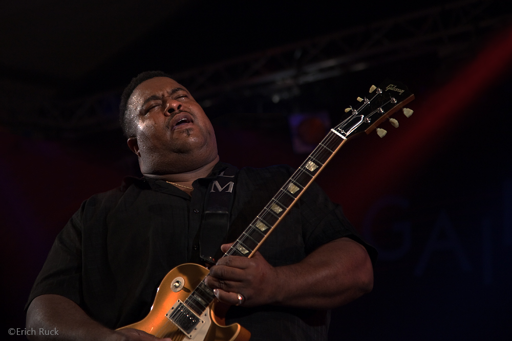 Bluesfest Gaildorf 2011 - Larry McCray - 6