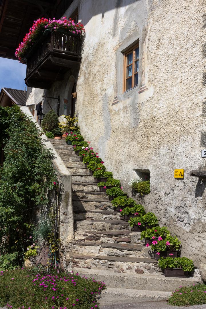 Blumenpracht im Vinschgau