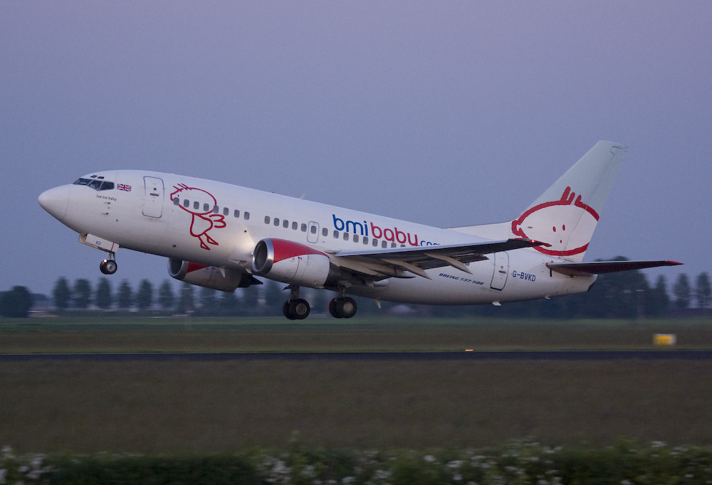 Bmibaby - Boeing 737-59D