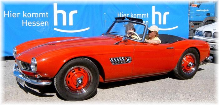 BMW 507 + Bekannter Fahrer mit Freundin ?