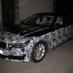 BMW - bei Nacht sind alle Katzen grau ... (ordentlich Holz vor der Hütte)