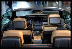 BMW-Cabrio in der BMW-Welt