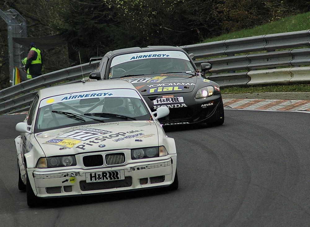 BMW gegen Honda...
