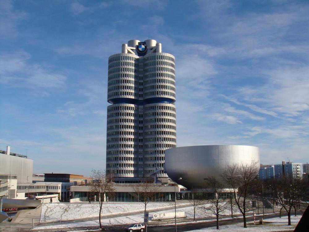 BMW Headquarter und Museum