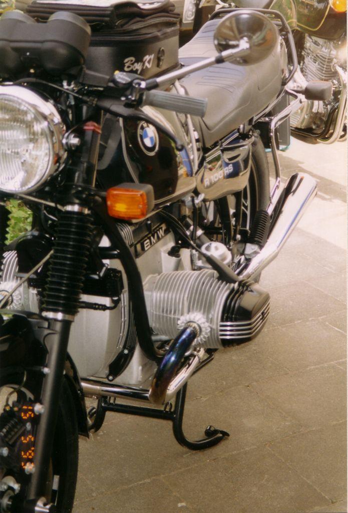 nackt auf dem motorrad