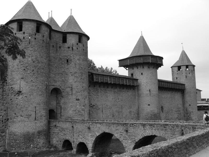 B&N Carcassonne