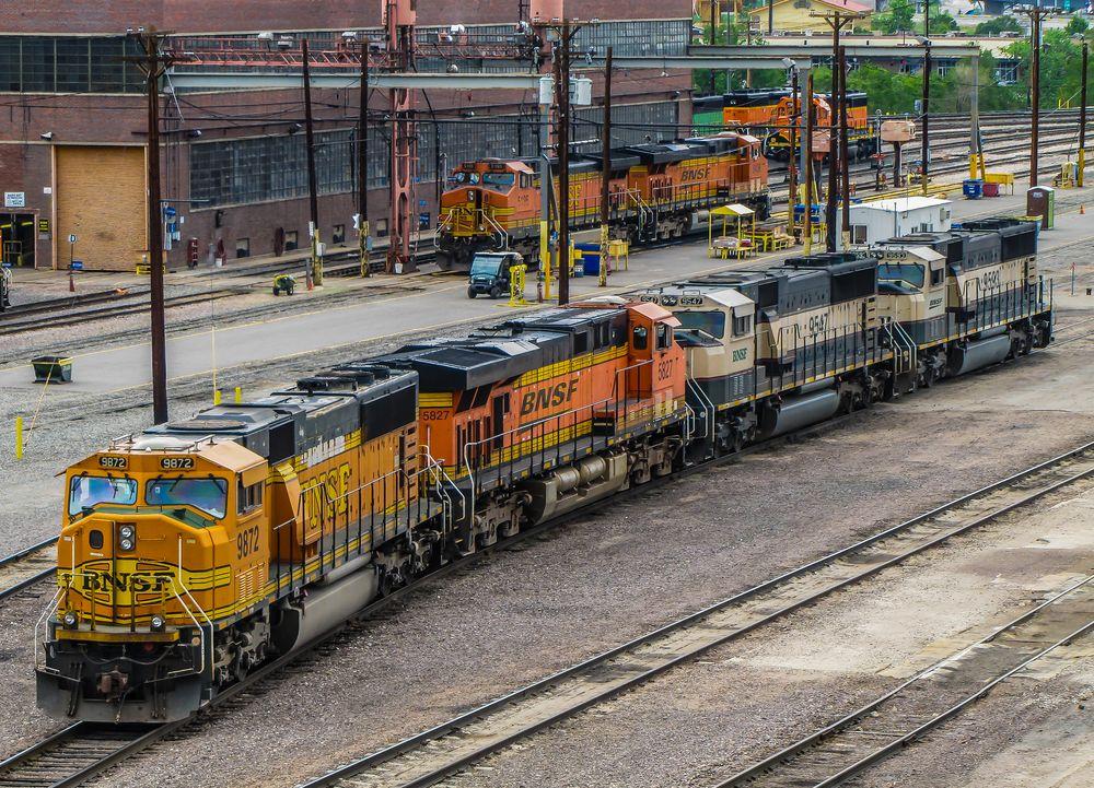 -- BNSF Dieselshops --