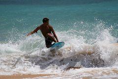 bodyboarding am big beach von maui