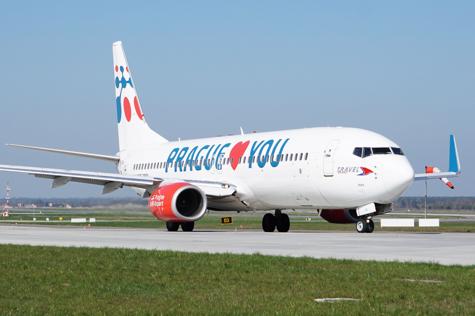 Boeing 737 - Prague Loves You