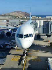 Boeing B 757-300 am Gate in Gran Canaria