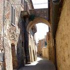 Bogen-Durchgang in Radicondoli