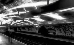 """ bon jour Paris ""- Metro"
