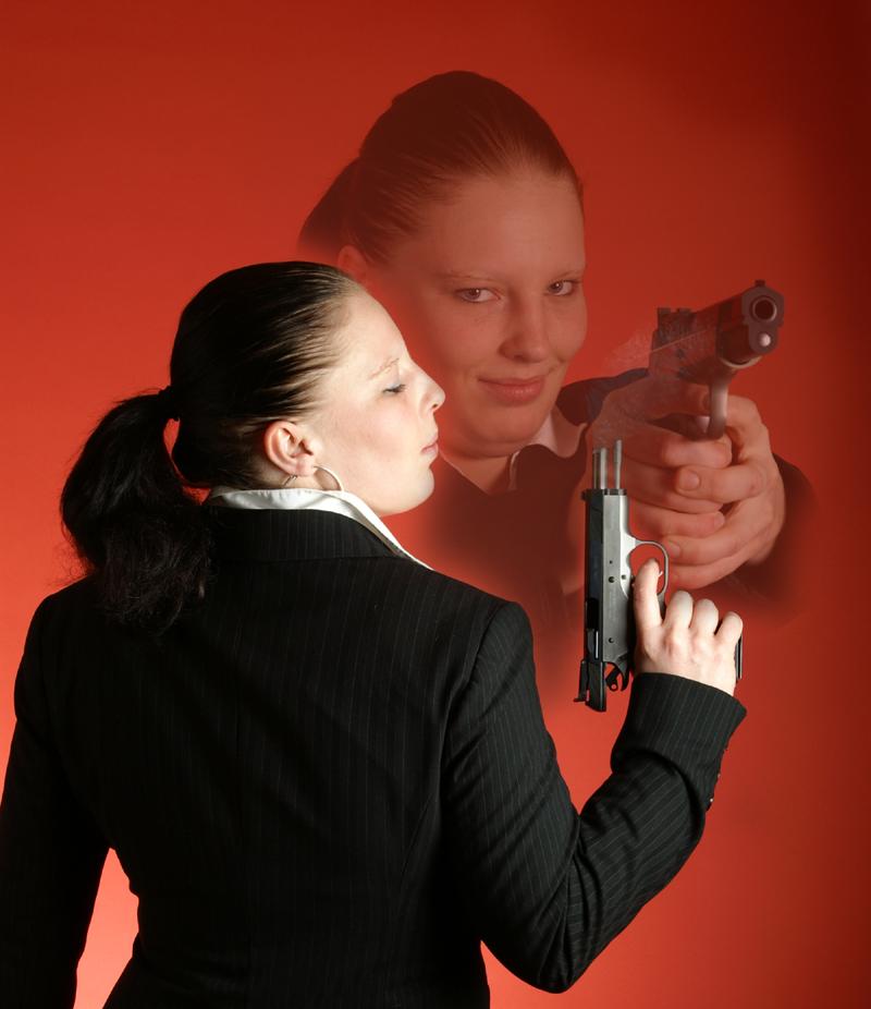 Bondgirl?