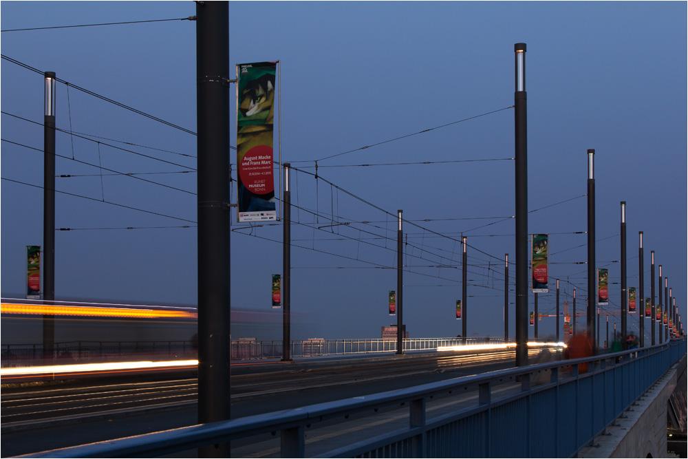 Bonn - blaue Stunde - Kennedybrücke